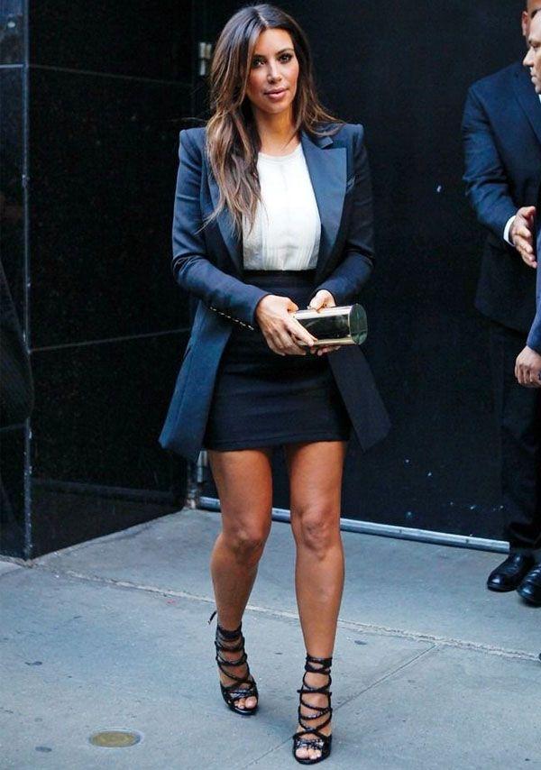kim-kardashian-look-saia-blazer-sandalia-street-style