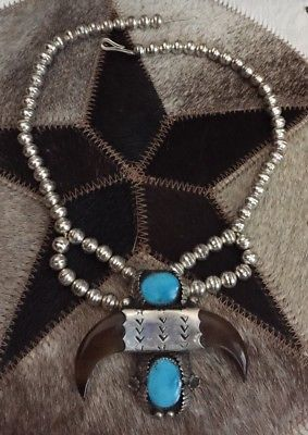 RARE VINTAGE C.1970 NAVAJO 925 STERLING SILVER CLAW TURQUOISE NAJA HORN NECKLACE