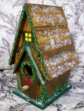 Forest Cabin Birdhouse. Great for Cabin/ Lodge Christmas