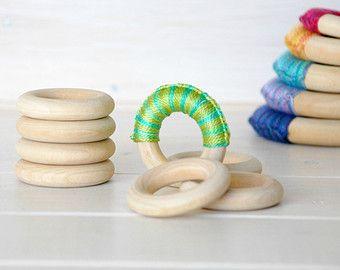 """Legno di 10 o 20 anelli - anelli in legno piccolo - 1-3/4"""" anelli di legno (45MM) - legno naturale - Massaggiagengive fai da te - Toss anelli - artigianato del legno fai da te - legno anello"""