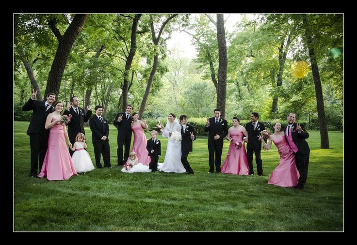 Wedding photographer Candid Photos of a Lifetime - Everybody pose now...   Mission Hills, Kansas City, USA www.candidphotosofalifetime.com.au