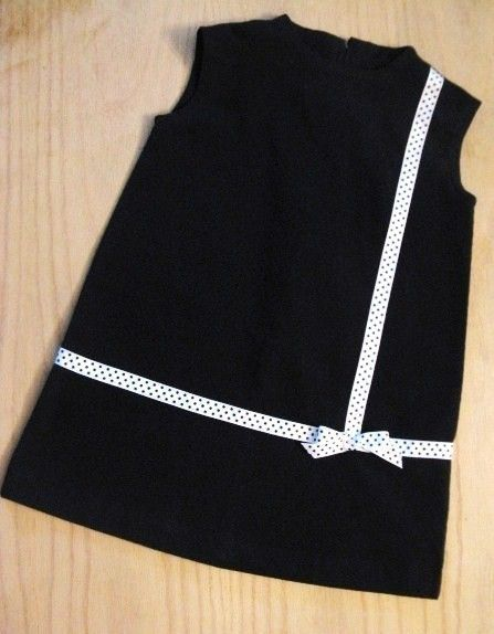 Little black dress-enfants vêtements d'inspiration rétro 1965