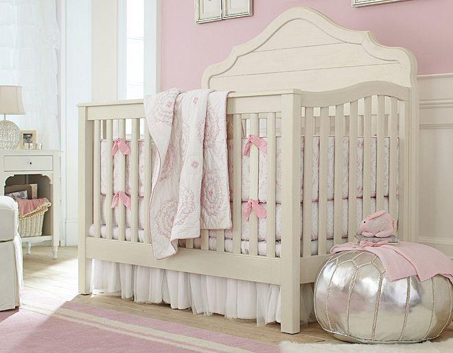 https://i.pinimg.com/736x/13/09/e4/1309e40e9e583e411cf583d6620a1ebe--room-girls-baby-girl-rooms.jpg