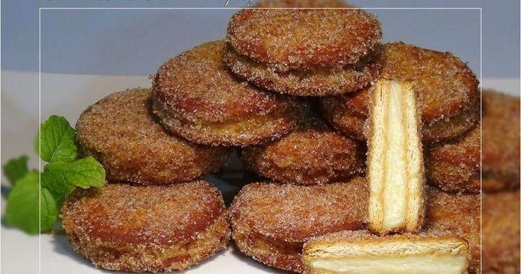 ¡El capricho del día!: galletas María rellenas de crema pastelera y, además, fritas. Una idea que han compartido desde el blog LA COCINA DE LOLI DOMÍNGUEZ.