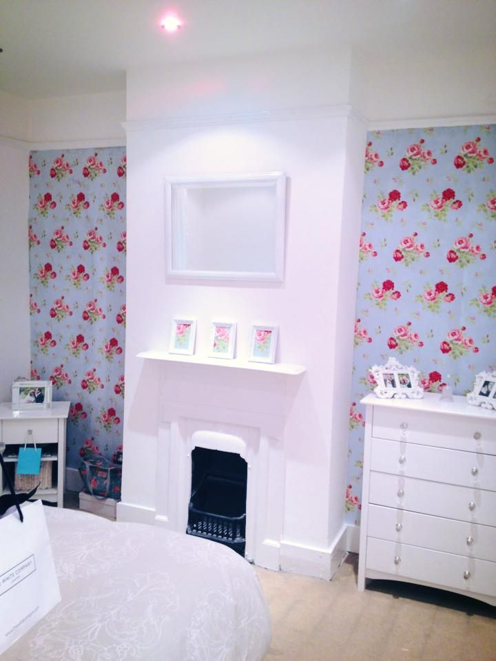 Spare room after love the cath kidston wallpaper for Cath kidston bedroom ideas