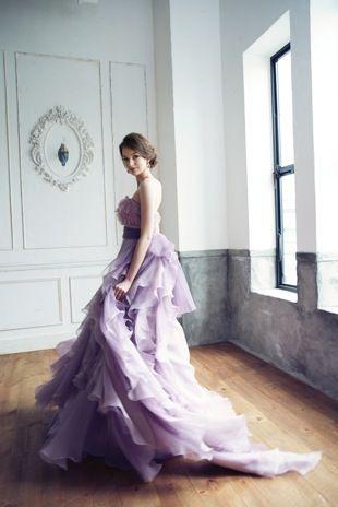 パープルのカラードレスで上品に♡花嫁衣装の参考一覧まとめ♪