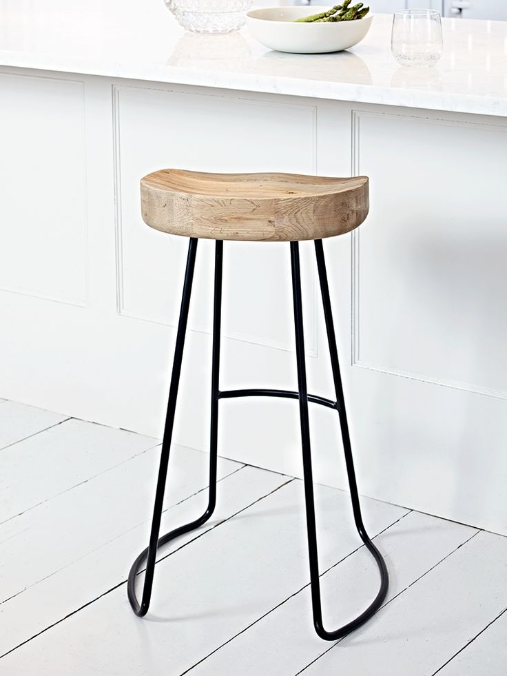 Best 25+ Metal stool ideas on Pinterest | Stools, Wooden ...