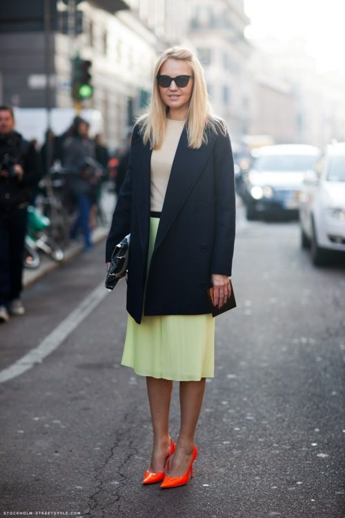 Stockholm Street Style - Neon: Fashion, Color, Style Inspiration, Street Style, Orange Shoes, Pump, Wear, Neon Shoes