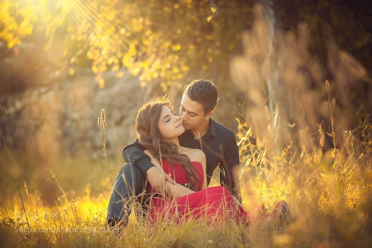 #nancyavon from www.bit.ly/jomfacial Sharing a light moment with your love dear! autumn Love by iletisim3