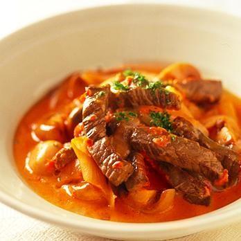 クイックビーフストロガノフ | 重野佐和子さんのシチューの料理レシピ | プロの簡単料理レシピはレタスクラブニュース