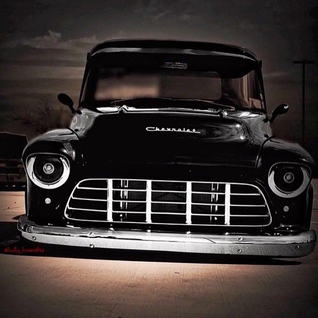 Hot Wheels - Oh those front end shots of slammed out trucks are the business…