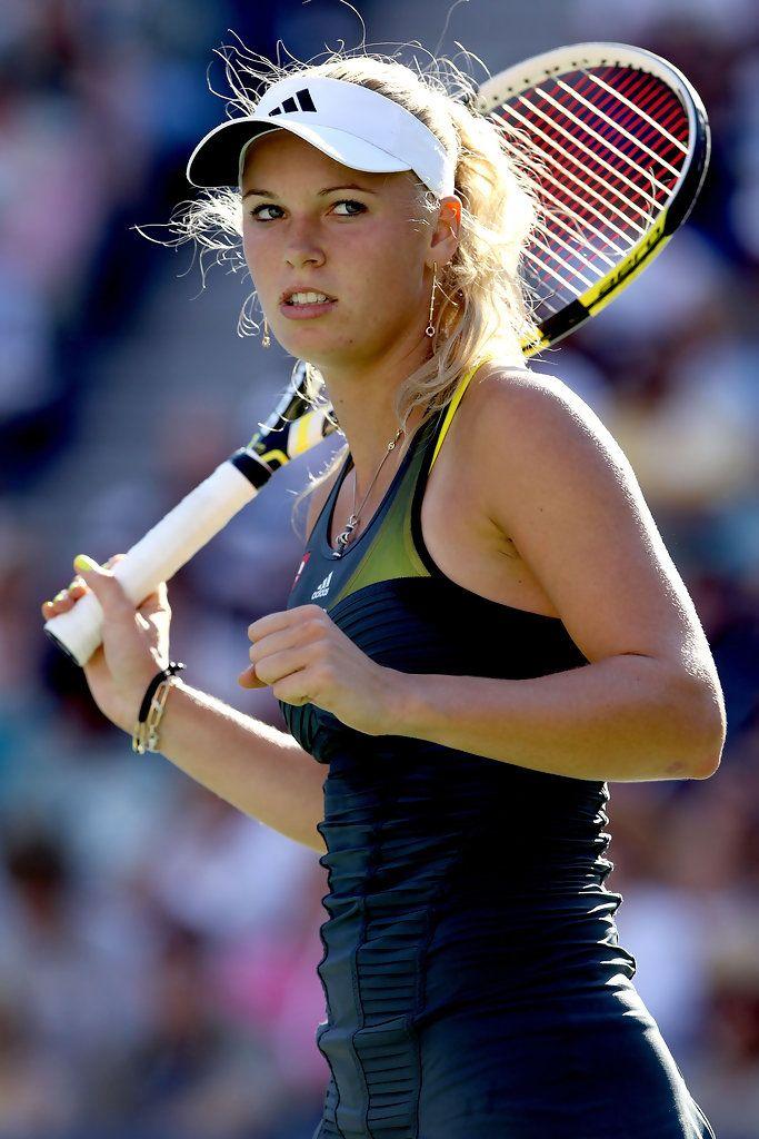 More Pics Of Caroline Wozniacki Ponytail In 2020 Caroline Wozniacki Tennis Tennis Players Female Caroline Wozniacki