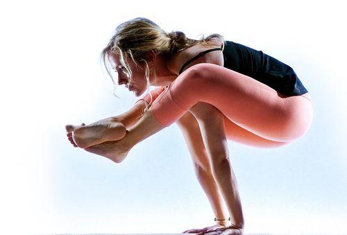 Position tight yoga pants