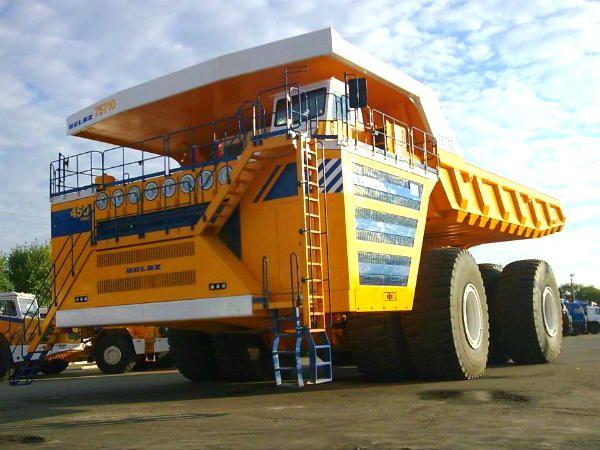 belaz 75710 world s largest truck from belarus. Black Bedroom Furniture Sets. Home Design Ideas