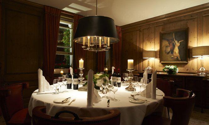 Durrants Hotel dining room