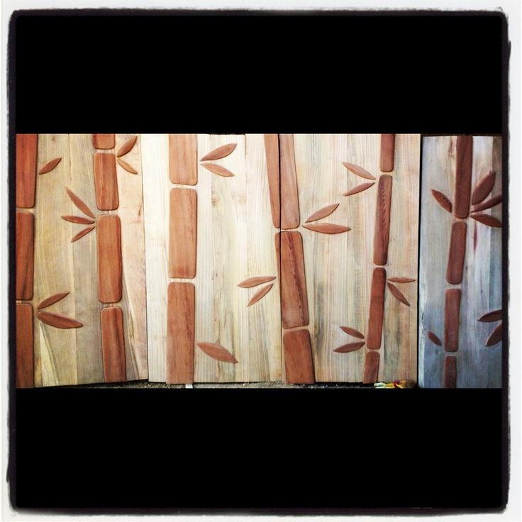 Puertas de rauli hualle con bamboo en alerce