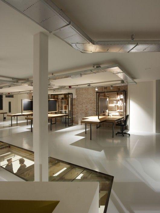 Het Buro De Bovenkamer / Krill Architecture + Christian Müller Architects