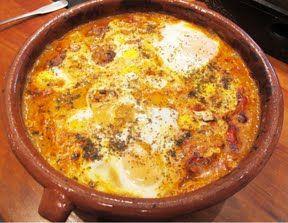 Nord-afrikanske kjøttboller med krydret saus og egg. [Dette var godt!]