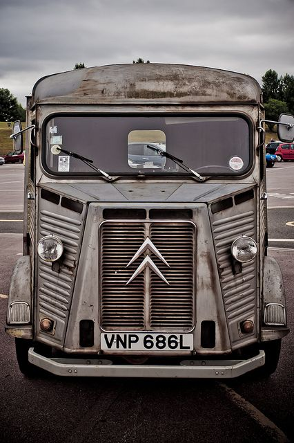 The menacing face of a Citroen H looks straight out of science fiction.  To me the DS is the beauty and this guy is the beast. -AT