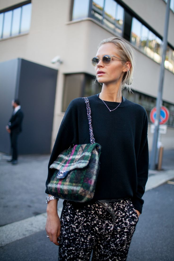 おしゃれなシャネルのバッグ。 - 海外のストリートスナップ・ファッションスナップ