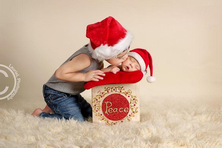 Merry Christmas! | Photography | Newborn Photography | Holiday photography ideas | LaurieL Photography