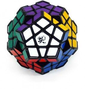 Kostka Megaminx - to opcja dla zaawansowanych. Ciekawe czy kiedyś uda mi się ją ułożyć? A może ktoś z was zdradzi wskazówki jak szybko ją ułożyć?