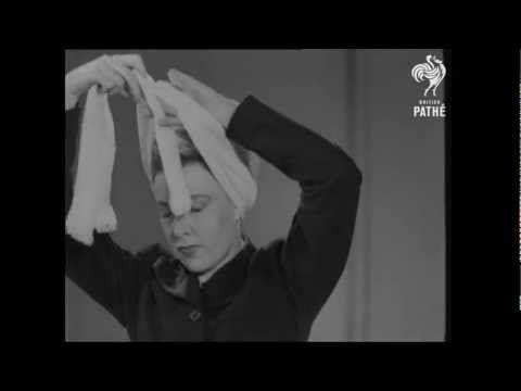 How to Tie a Turban: Womens Turban Fashions - 1942 - [HD]