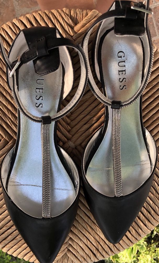 b0f0409ed Women Guess Flat Black Shoes With Silver Size7.5