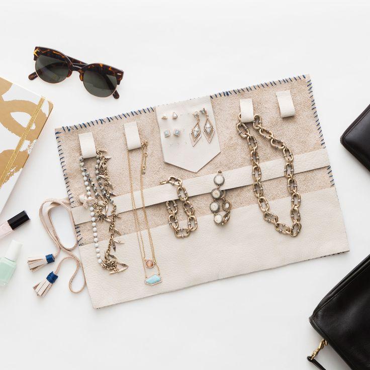 Best 25 DIY jewelry roll ideas on Pinterest DIY jewellery box
