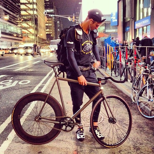 Pics of bicyclists