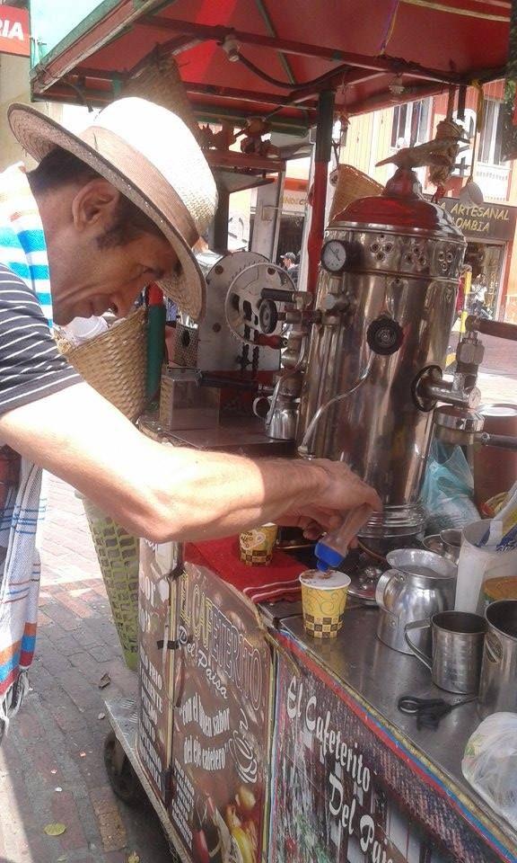 todo un barista en Café mmmmmmmm