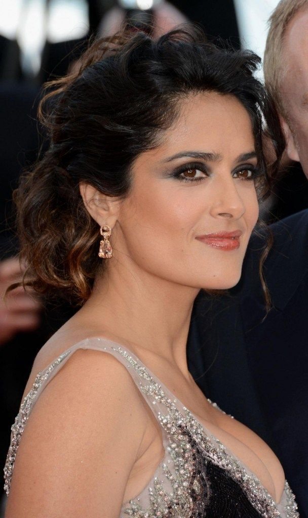 salma-hayek-makeup-cannes-18468634