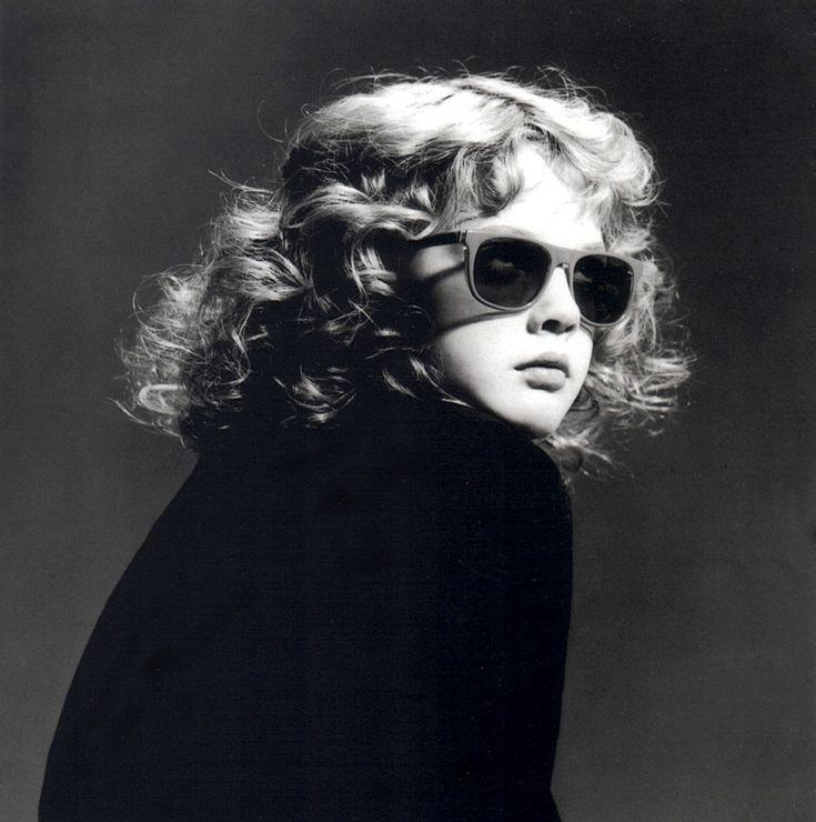 Drew Barrymore (age 6)