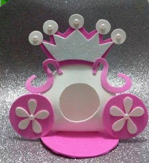 Como fazer flores em eva passo a passo e muito mais...: como fazer carruagem de princesa em eva