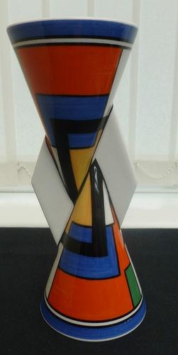 1523 best ceramics images on pinterest tea sets tea for Mondrian vase