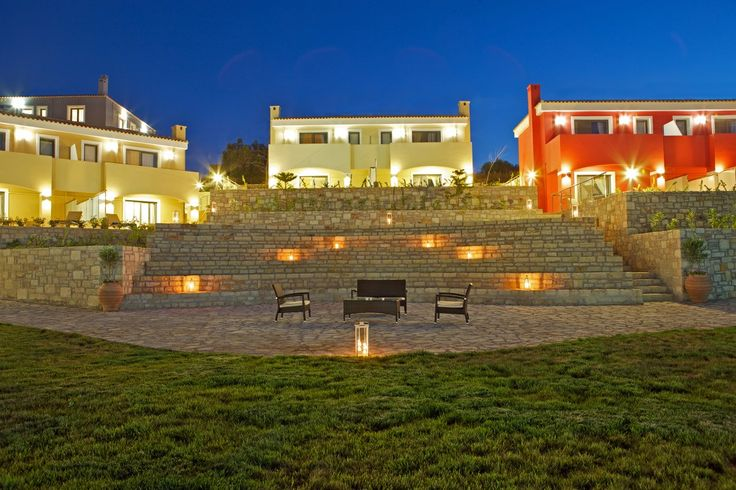 Carme luxury villas with superb view to sea with breakfast, Adele   Cretico