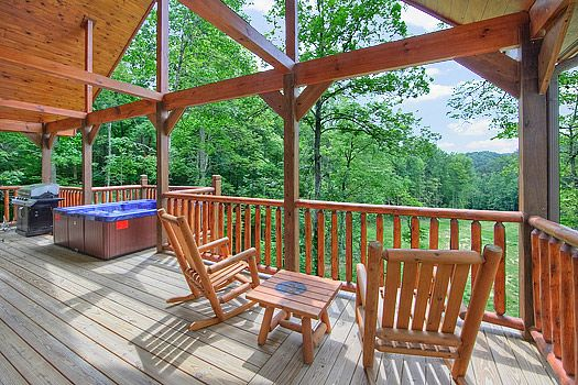A luxury 2 bedroom Gatlinburg Cabin - enjoy a vacation with another couple, the kids or just treat yourself.  Beary Cozy includes luxury furniture, a hot tub, pool table and many other comforts.
