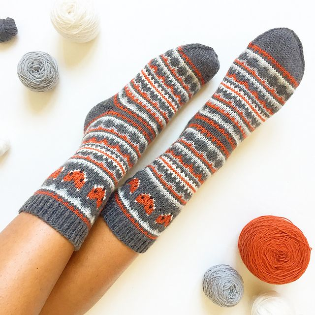 45 best Knit images on Pinterest | Hobbies, Socks and Victoria
