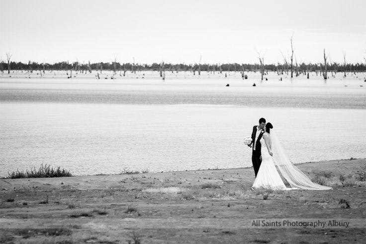Weddings at Yarrawonga  – Lauren and Jason