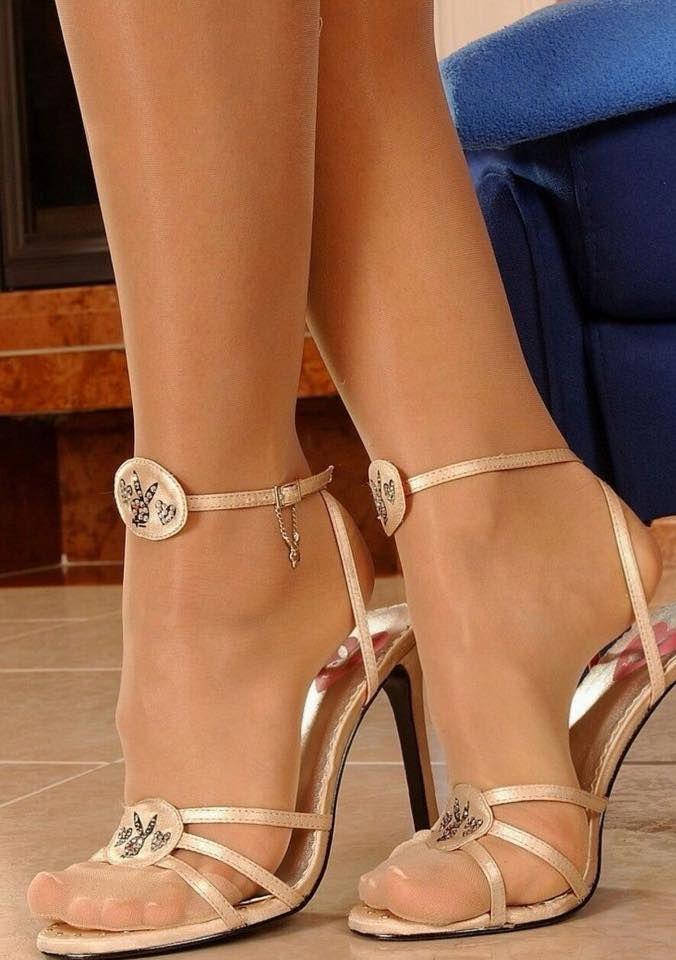 heels strappy Sexy feet sandals