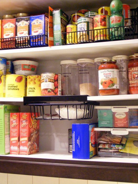 pantry organizing ideasOrganic Pantries, Shots Glasses, Organic Ideas, Kitchens Ideas, Pantries Organic, Glasses Jars, Kitchens Cabinets Organic, Wire Baskets, Kitchen Cabinets
