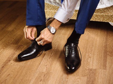 The number one mistake guys make when buying shoes