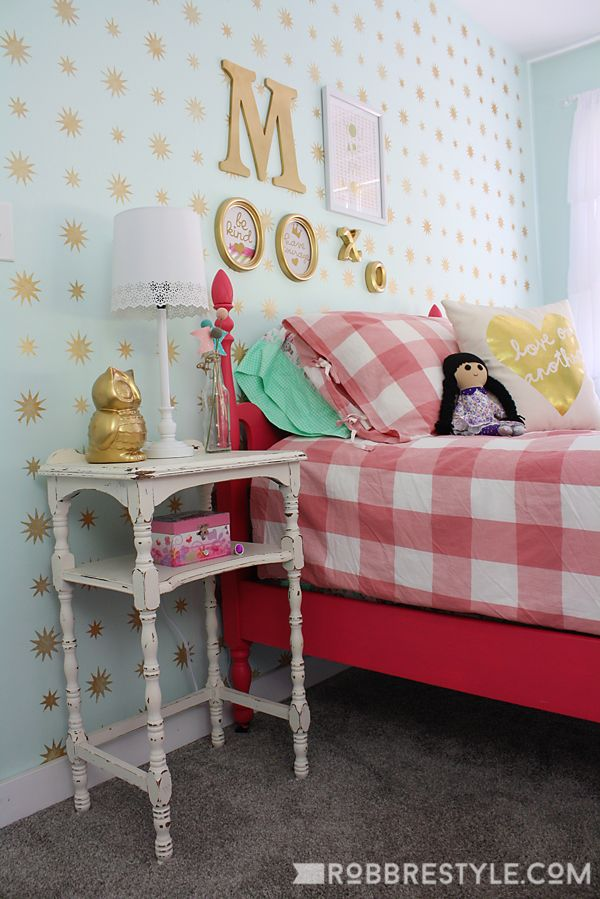 Mint and Gold Star Stencil accent wall pattern design for a little girl bedroom decor makeover