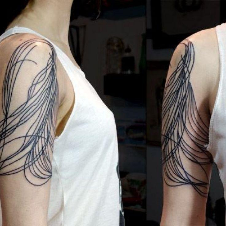 J'aime beaucoup ce placement et comment il se comporte autour de l'épaule. tatouage …   – Body Art Water color and sketch art