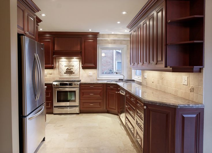 SMALL KITCHEN LAYOUTS, KITCHEN DESIGNS FOR SMALL KITCHENS - TORONTO, ONTARIO - KITCHEN DESIGNERS