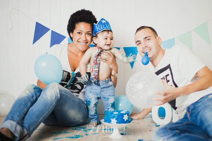 Sesión de bebé primer cumpleaños smash cake en estudio en barcelona (1)