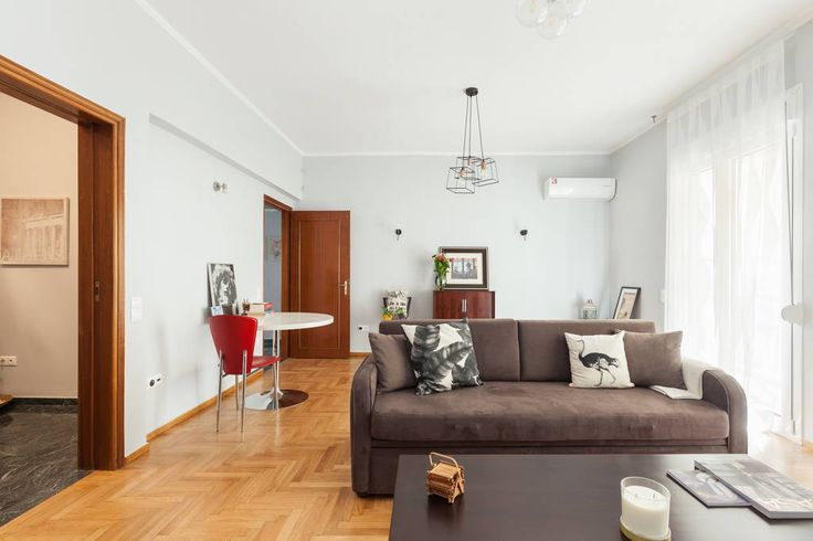 Eclectic Abode In Perfect Location -Athens Airbnb