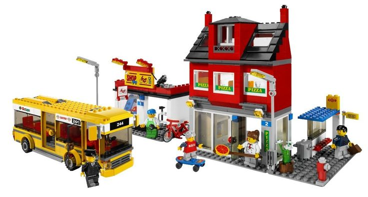 LEGO City Corner (7641): Toys & Games