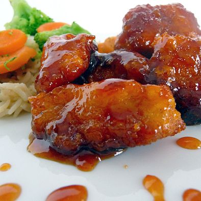 Sweet and sour chicken. Baked not fried = healthy take out. I am so making this tonight!