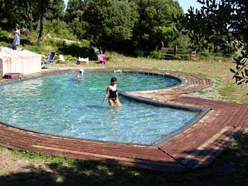 Camping du Tipi camping Saint-Chinian le domaine de la louvière #Frankrijk met zwembad